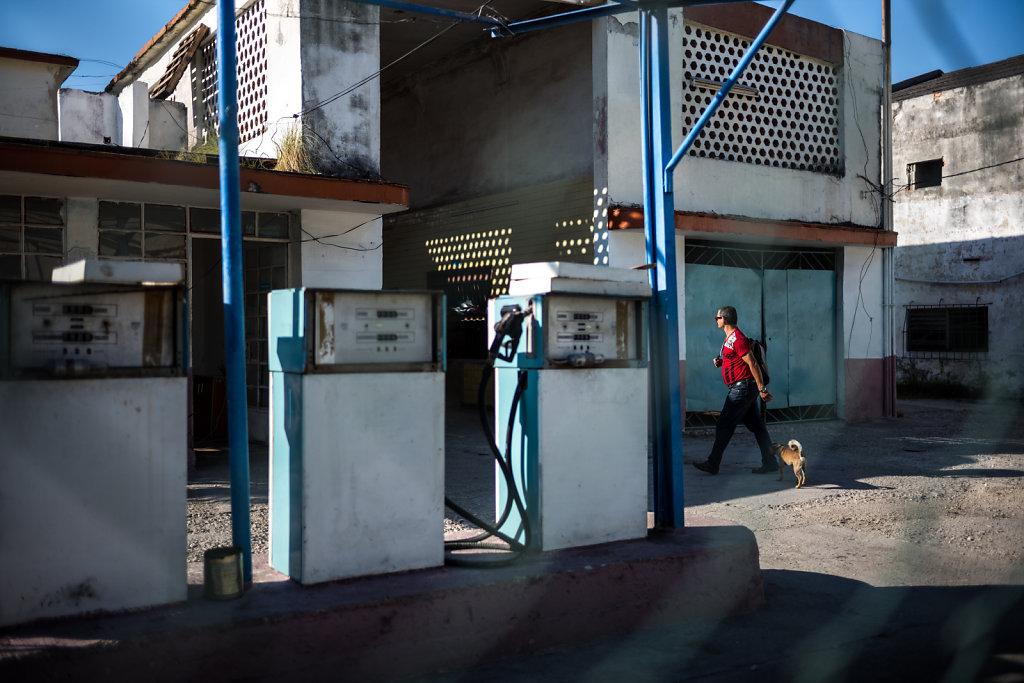 Gas Station I